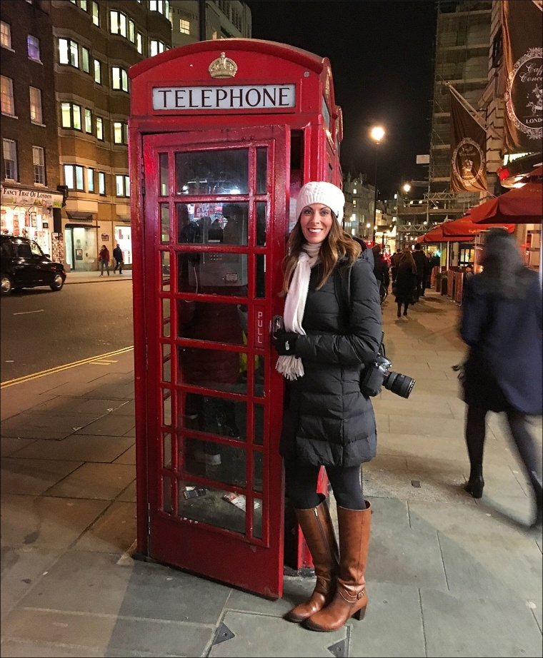HeatherRedPhoneBooth_-WEB.jpg