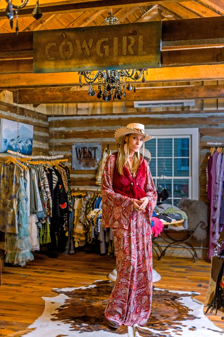 Moo Country and Dawn Ann Ritter, Photographed in Leipers Fork TN by Heather Durham Photography
